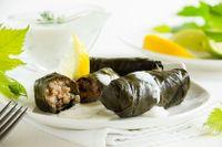 Involtini di foglie di vite (Dolmades, ricetta greca)