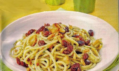 Ricetta Spaghetti con uvetta e pinoli