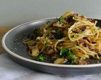 Spaghetti al tonno e capperi