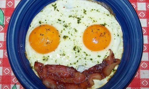 Ricetta Uova e bacon