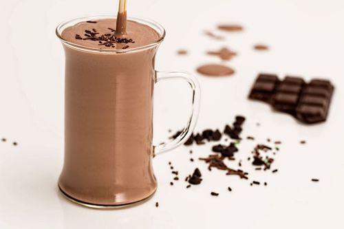 Ricetta Frappè fragola e cioccolato