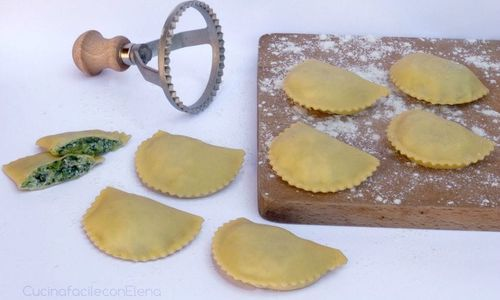 Ricetta Ravioli con ricotta e spinaci