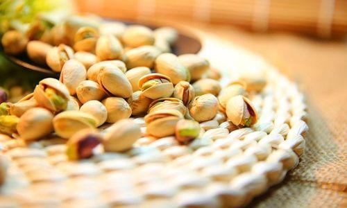 Ricetta Semifreddo con pistacchi e cioccolato
