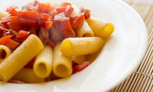 Ricetta Pasta con tonno e peperoni