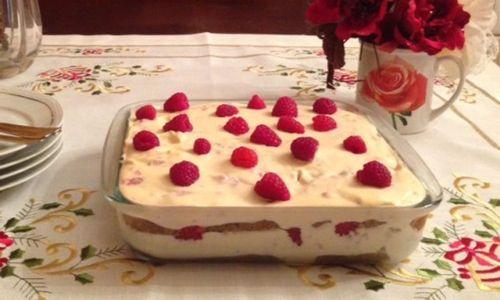 Ricetta Tiramisù ai lamponi e salsa di vaniglia