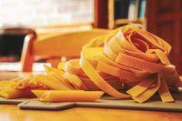 Tagliatelle al sughetto di pomodoro e fagioli