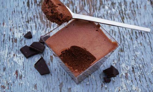 Ricetta Mousse al cioccolato e frutta fresca