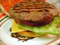 Hamburger al formaggio e senape
