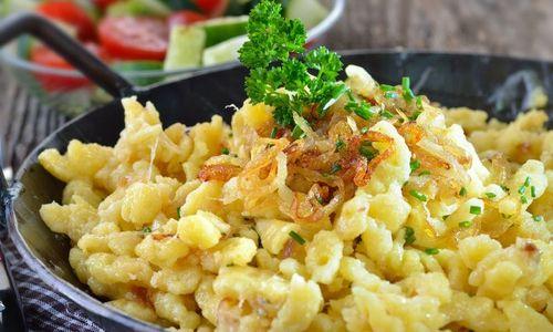 Ricetta Spätzle di segale con speck e formaggio