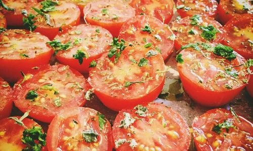 Ricetta Penne con sugo di pomodori confit
