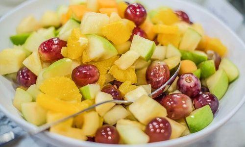 Ricetta Macedonia nell'ananas