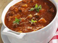 Zuppa di manzo (Gulaschsuppe )