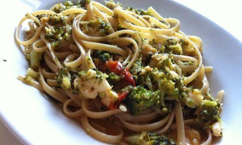 Ricetta Linguine con capesante e gamberetti