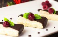 Cheesecake cocco e crema di nocciole