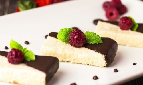 Ricetta Cheesecake cocco e crema di nocciole