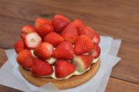 Crostata con frutta fresca e crema