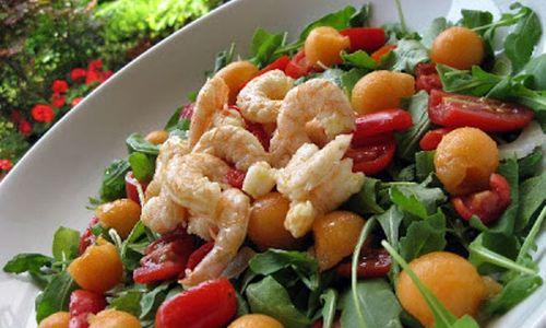 Ricetta Insalata di gamberetti alla frutta